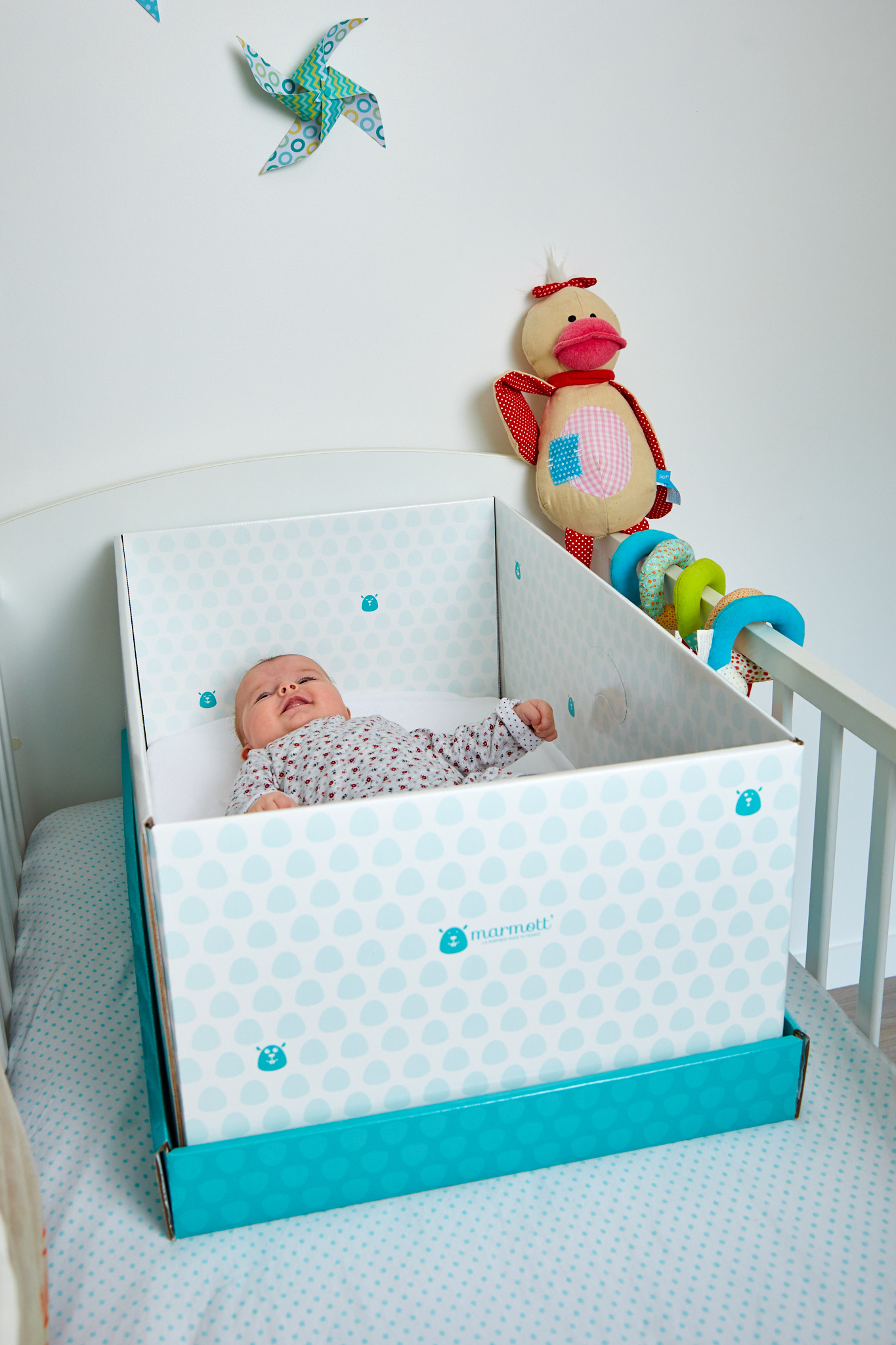 7 avantages utiliser une babybox marmott. Black Bedroom Furniture Sets. Home Design Ideas